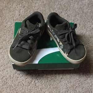 Army colored toddler boy puma sneakers